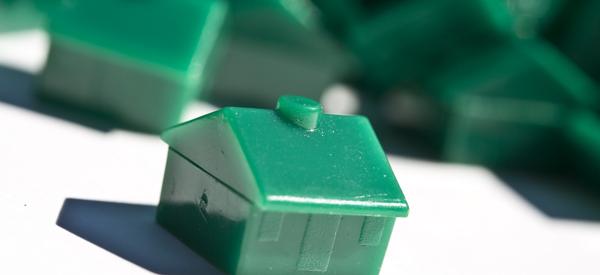 Monopoly houses