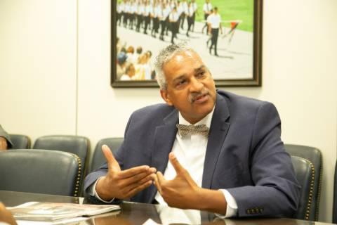Dr. Omega Silva