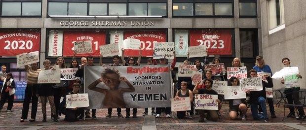Raytheon Antiwar Campaign protests at BU career fair